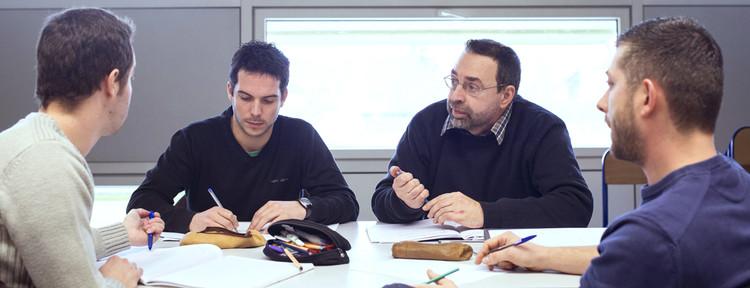 Temps d'échange entre professeurs et formateurs